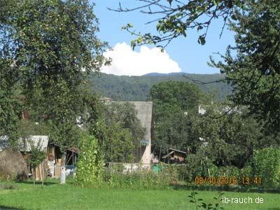 Gartenzaun an der Grundstücksgrenze
