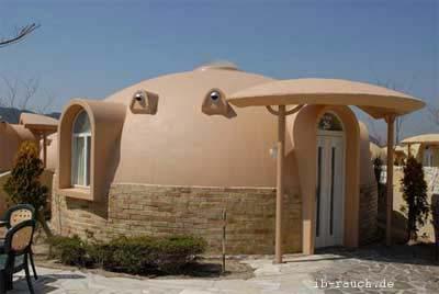 Sehr preiswertes Wohnhaus aus Styropor in Transkarpatien