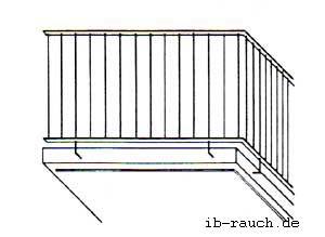 Stahlgeländer bei einem Balkon