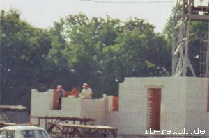 Bau eines neuen Wohnhochhauses aus Ziegelsteinen in Vinnitsa